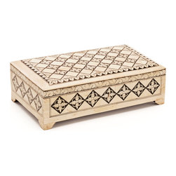 Go Home - Dewan Box - This Dewan Box is elegantly conceals a typical box. It has ample space of storage.Sure it will enhance the beauty of your life.