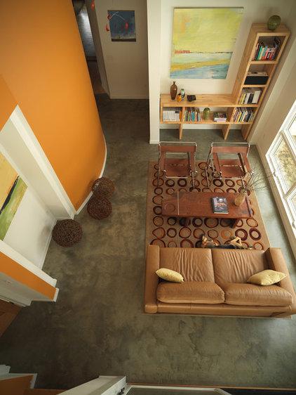 Farmhouse Living Room by Birdseye Design