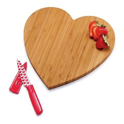 Bamboo Heart Cutting Board With Knife - This cute heart cutting board will make kitchen duties much more tolerable.