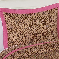 Sweet Jojo Designs - Pink Cheetah Pillow Sham - The Pink Cheetah standard pillow sham coordinates beautifully with the Sweet Jojo Designs Pink Cheetah bedding collection. This pillow sham is a quick and easy way to complete the look and theme in your child's bedroom. Machine washable. Fits all standard size pillows.The Pillow Sham Dimensions are 20 in. x 26 in.