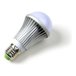 Cool White Dimmable LED Bulb with E27 base - The E27 Dimmable LED Light Bulb is perfect for anyone who wants to lower their overall energy consumption without sacrificing their light output. These 7 watt LED bulbs are equal to and can replace any traditional 60 watt incandescent bulb as well as any 15 watt compact florescent bulb. This means by switching to these LED light bulbs, you can instant lower your electricity usage by more than 700% compared to a 60w incandescent bulb and more than 100% compared to a 15w CFL bulb. Our LED bulbs are made with a aluminum fins which helps disperse the heat released by the bulb more efficiently than its non-fin or plastic fin counterparts. Also, each LED bulb is equipped with a frosted plastic globe, in order to evenly distribute the light and prevent you from visually seeing each individual diode. Lastly and most importantly, our LED light bulbs are made with special dimmable conductors, so they operate with most household wall dimmers and produce No Flicker!