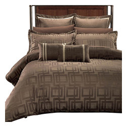 Bed Linens - Janet 7PC Duvet covers set by Royal Hotel Collection, Full/Queen - Charcoal Brown and Beige