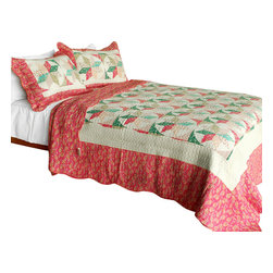 Blancho Bedding - Mio Dolce Sogno Cotton 3PC Vermicelli-Quilted Patchwork Quilt Set  Full/Queen - Set includes a quilt and two quilted shams (one in twin set). Shell and fill are 100% cotton. For convenience, all bedding components are machine washable on cold in the gentle cycle and can be dried on low heat and will last you years. Intricate vermicelli quilting provides a rich surface texture. This vermicelli-quilted quilt set will refresh your bedroom decor instantly, create a cozy and inviting atmosphere and is sure to transform the look of your bedroom or guest room. Dimensions: Full/Queen quilt: 90 inches x 98 inches  Standard sham: 20 inches x 26 inches.