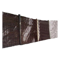 "Master Garden Products - Willow Woven Hurdle Panel, 72""L x 72""H, Set of 2 Pieces - These beautiful willow hurdles are hand woven, to a traditional design, has an outdoor life of approximately eight years and needs no added treatment. Can be easily set up by nailing them to the wood post or tied to a metal chain link fence. The woven pattern can be changed according to your taste by placing them vertically or horizontally. These hurdles panels have a variety of uses, from providing attractive windbreakers to dividing areas in your garden. They can be set up and viewed horizontally or vertically. The are very flexible and bendable, which is ideal for irregularly shaped and circular pattern screening. Our willow hurdle panels can bend up to 120 degrees, three 72"" wide panels can be installed in a circle up to 72"" in diameter."