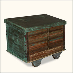 Industrial Green Reclaimed Wood Rolling Foot Locker End Table Chest -