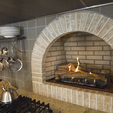 Traditional  by Pine Street Carpenters & The Kitchen Studio