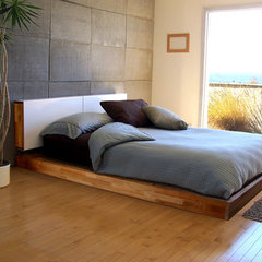 modern beds by Design Public