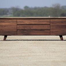Modern  by Eastvold Furniture