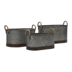 iMax - Camay Oval Tubs, Set of 3 - These vintage inspired iron tubs are a great addition in a casual setting. Use them every day to hold magazines, dog toys, throw pillows or decorative filler, or use them to serve snacks and beverages at parties!