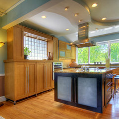 eclectic kitchen by Cabinet Studio, Inc.