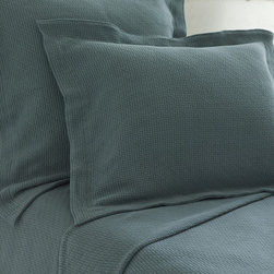 Pine Cone Hill - Pine Cone Hill Interlaken Juniper Matelasse Coverlet - Pine Cone Hill Interlaken Juniper Matelasse CoverletPlay up texture and design with the Interlaken Juniper Matelasse Coverlet from Pine Cone Hill. The saturated deep-green hue and woven cotton fabric are the perfect way to give your bedroom some striking style. Pair it with fresh whites for a masculine look or balance it with browns and tans for an organic-chic feel. Use it to give your bed some relaxed style in a contemporary home or a sophisticated look in a transitional space.Available in three sizes
