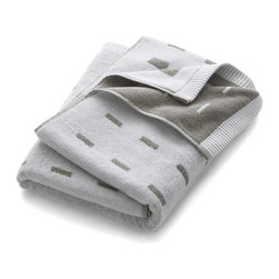 Marimekko Kullervo Grey Bath Towel - Marjaana Virta's clean design subtly graduates white rectangles on grey in a thirsty cotton jacquard weave that reverses the pattern on other side.