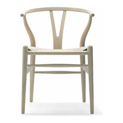 Wegner Wishbone Chair, Wood Oak, Soap/Natural Seat by Carl Hansen