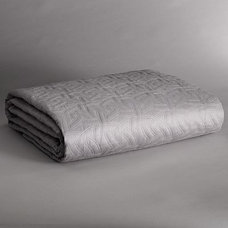 Simply Vera Vera Wang Platinum Quilted Coverlet