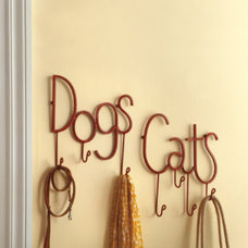 Traditional Pet Supplies by Grandin Road