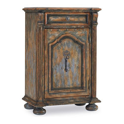 Hooker Furniture - One-Door One-Drawer Chest with Bun Feet - It seems to speak of a life well lived, each layer of its rustic patina telling an interesting story. Nestled next to your bed, it is the ideal size for all your bedtime essentials.