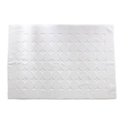 None - Authentic Hotel and Spa Turkish Cotton 24 x 35 Bath Mat (Set of 2) - Achieve that always-on-vacation feeling with this set of two Turkish cotton bath mats. Made of 100-percent Turkish cotton,these high-quality bath mats will not fade,pill,or shed lint. Their super-soft woven looped terry knit feels luxurious on feet.