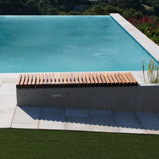 Modern Pool by Min | Day Architects