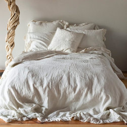 Bella Notte Duvet Cover Whisper Linen - For my dream beach house master bedroom, I would have Belle Notte's Whisper Linen bedding. It's so light and airy.