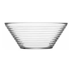 Iittala - Aino Aalto Serving Bowl 2 Quart Clear - Your side dishes will feel like star attractions in this 2-quart banded bowl. Sleek design and clear glass keep taters, slaw or whatever else you whip up on delicious display.