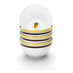 Rachael Ray - Rachael Ray Dinnerware Little Hoot 4-piece Cereal Bowl Set 5.5-inch - Brighten up breakfast time with this four-piece porcelain cereal bowl set. The soft autumn-colored stripes and the cute owl in the center, inspired by Rachael Ray's love of owls, are sure to add a splash of fun and color to your table.