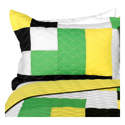 Blancho Bedding - Cozy 3PC Vermicelli - Quilted Patchwork Quilt Set  Full/Queen Size - The [Cozy] 100% TC Fabric Quilt Set (Full/Queen Size) includes a quilt and two quilted shams. This pretty quilt set is handmade and some quilting may be slightly curved. The pretty handmade quilt set make a stunning and warm gift for you and a loved one! For convenience, all bedding components are machine washable on cold in the gentle cycle and can be dried on low heat and will last for years. Intricate vermicelli quilting provides a rich surface texture. This vermicelli-quilted quilt set will refresh your bedroom decor instantly, create a cozy and inviting atmosphere and is sure to transform the look of your bedroom or guest room. (Dimensions: Full/Queen quilt: 90.5 inches x 90.5 inches; Standard sham: 24 inches x 33.8 inches)