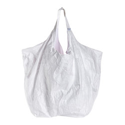 Zoeppritz - Draw on Me! Large Paper Bag - Join the creative elite with this bag! Use this white bag as your canvas and draw whatever you want.