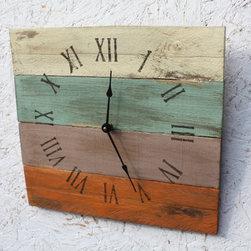 Beach House Style Reclaimed Pallet Wood Clock -