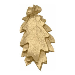 Renovators Supply - Door Knockers Lacquered Brass Door Knocker Oak Leaf 6 H x 3 W | 17693 - Door Knocker. Knock- knock! Once a sign of their homeowner?s profession- doorknockers now come in a variety of designs & finishes for everyone?s style. Step-up your curb appeal & add value to your home with finishing touches like a knocker. Made of 100% solid brass these knockers are a knock out! Polished & lacquered to prevent tarnishing this knocker is both beautiful & functional. Easy installation- thread bolts through the door for secure mounting. Measures 6 in. H x 3 in. W.