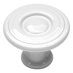 Hickory Hardware - Conquest White Cabinet Knob - Bridges contemporary and traditional design.  Offering a deep rooted sense of history in some, with an updated feel and cleaner lines.