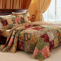 None - Antique Chic King-size 3-Piece Quilt Set - Go for a timeless feel with this patchwork king-size quilt set. Its delightful patchwork print in rich hues of green, red, pink and gold oozes vintage charm and its 100-percent cotton cover and fill will keep you warm without weighing you down.