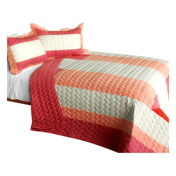 Blancho Bedding - Ruby Ring 3PC Patchwork Quilt Set  Full/Queen Size - The [Ruby Ring] 100% TC Fabric Quilt Set (Full/Queen Size) includes a quilt and two quilted shams. This pretty quilt set is handmade and some quilting may be slightly curved. The pretty handmade quilt set make a stunning and warm gift for you and a loved one! For convenience, all bedding components are machine washable on cold in the gentle cycle and can be dried on low heat and will last for years. Intricate vermicelli quilting provides a rich surface texture. This vermicelli-quilted quilt set will refresh your bedroom decor instantly, create a cozy and inviting atmosphere and is sure to transform the look of your bedroom or guest room. (Dimensions: Full/Queen quilt: 90.5 inches x 90.5 inches; Standard sham: 24 inches x 33.8 inches)