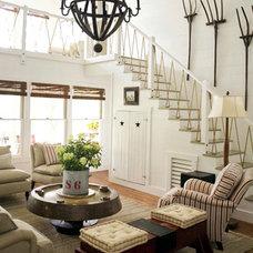 Oakview Cottage: Masculine Decor