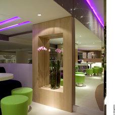 Contemporary  by Vanja Maia - Arquitetura e Design de Interiores