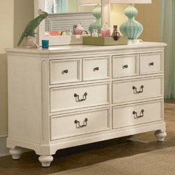 Lea Children's Furniture - Retreat in Antique White 6-Drawer Dresser - Retreat in Antique White 6 Drawer Dresser