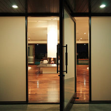 Modern Entry by Globus Builder