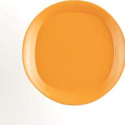 Rachael Ray - Rachael Ray 'Round and Square' 4-piece Lemon Zest Salad Plate Dinnerware Set - Salad leaves of all kinds will look delectable when served on these vibrant Round and Square salad plates from Rachael Ray. The unique shape of these plates combines round traditional design with modern square bases.