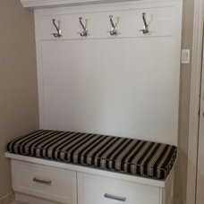 Traditional Laundry Room by Fine Line Kitchens Inc.