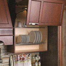 Modern Kitchen Cabinetry by GRANDIOR KITCHEN & BATH