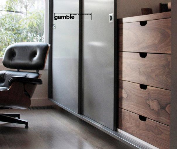 Modern Closet by gamble + design