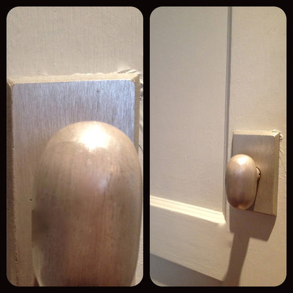 modern knobs Egg-shaped bronze doorknobs