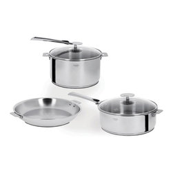 Cristel - Cristel Casteline Multiply 5-Ply Stainless 7-Piece Cookware Set - The base is made out of 5-ply alloy of stainless steel and aluminum. The heat is simultaneously spread over the whole surface of the base and sides. For gentle, economic cooking with no risk of sticking and protecting all the nutritional qualities of food. Multicooking: suitable for all cooking cooktops; can also be placed on the oven (with or without the lid)Simplicity: In one easy gesture the handle goes from the saucepan to the pan, the frying pan and on lids with automatic locking. Compact Storage: Parts can be fully nested inside one another thereby saving space and masking easier for dishwasher loadingSafety: the removable automatic locking handle ensures dual safety. With no projecting handle the cooking space is made safe meaning there is no risk of children's hands or aprons catching on it. Inside grading. Polished Finish. Assort handle colors and finishes are available. Excalibur PFOA free Non Stick interior. Dishwasher safe.. Included: Glass lid, Pot and Casteline Long Removable Handle. Made in France.