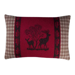 Happy Blanket - Boiled Wool Toile Pillow 2DEER, Red - Wool is a natural temperature regulator, naturally hypoallergenic, naturally breathable and even improves sleep quality.