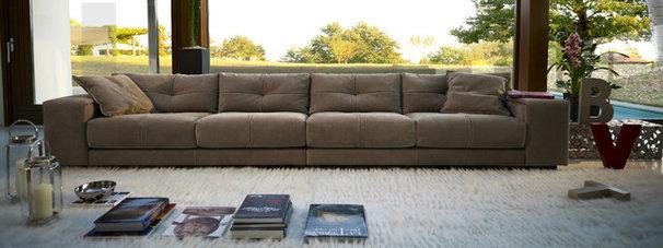Contemporary Sofas by Casa Spazio