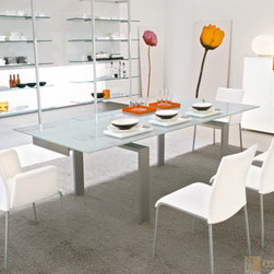Modern Dining Room Furniture in Los Angeles -