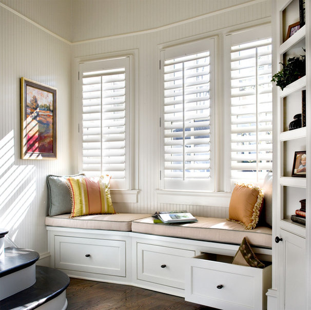 Traditional  by Acadia Shutters, Inc.