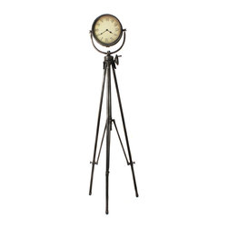 ecWorld - Urban Designs Large Weathered Industrial Studio Tripod Floor Clock - Inspired by retro Hollywood movie lights this clock brings the look of a vintage photography studio into your home or office. A unique tripod style with black Roman numerals. Ideal to uplift a contemporary decor with a retro flair.