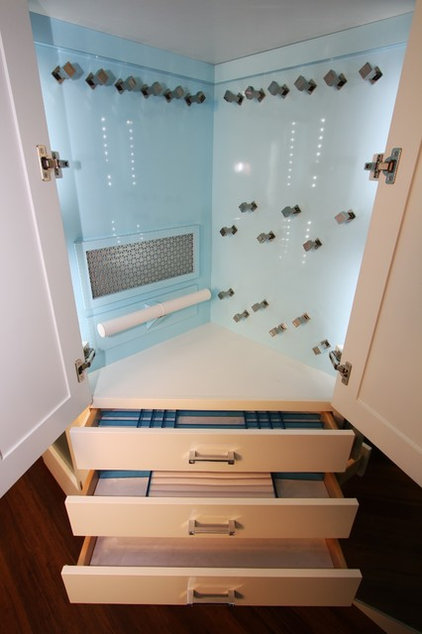 Contemporary Closet by Architectural Justice