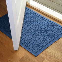 Bungalow Flooring - 24 in. L x 36 in. W Medium Blue Waterguard Star QuiLight Mat - Made to order. Quilted star design traps dirt, resists fading, rot and mildew. Indoor and outdoor use. 24 in. L x 36 in. W x 0.5 in. H