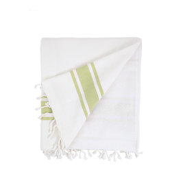 Nine Space - Ocean Terry Beach Towel, Green - Made for sharing, this oversized fouta towel easily accommodates you and a guest. Smooth Turkish cotton on the front naturally repels sand, while the flip side is lined with thick, absorbent cotton terry to wrap you in softness.